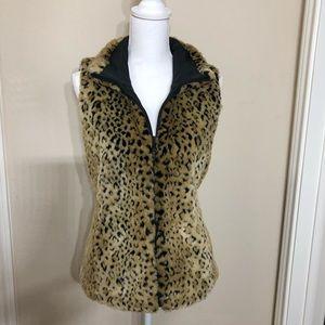 Kristen Blake Reversable Leopard / Black Vest  B13